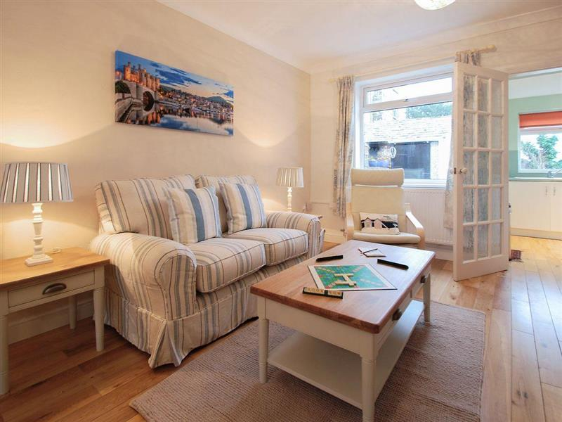 Sea Haven Cottage in Conwy - sleeps 4 people