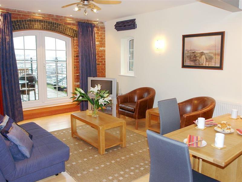 Seasalt Apartment in Eastbourne - sleeps 4 people