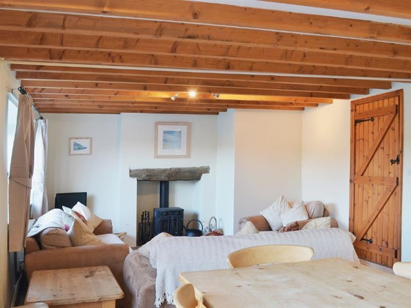 Seascape Cottage in South Creake - sleeps 8 people