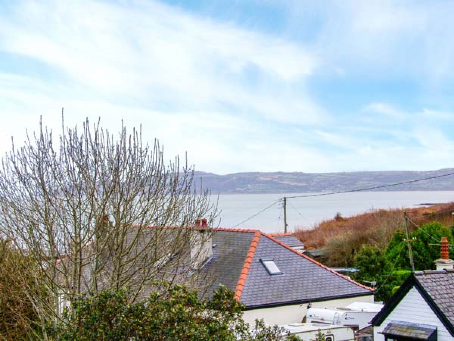 Seaview in Benllech near Red Wharf Bay - sleeps 4 people