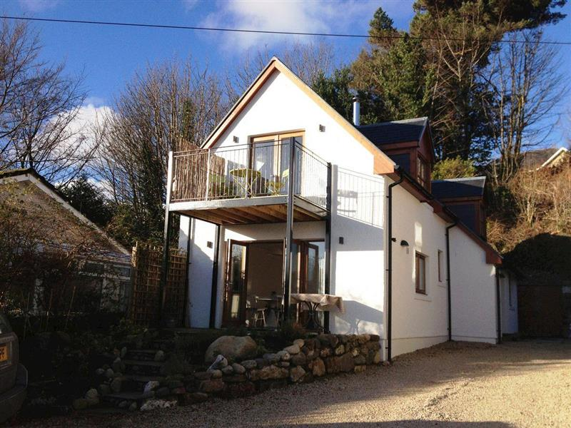 Seaview Cottage in Lamlash, Isle of Arran - sleeps 4 people