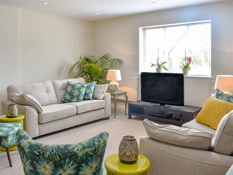 Serendipity in West Parley, near Bournemouth - sleeps 8 people
