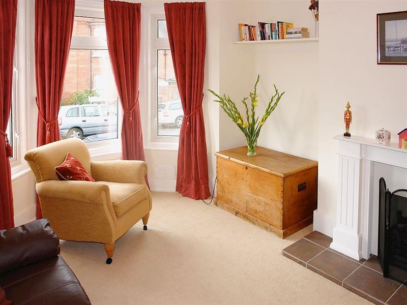 Serfaus Cottage in Eastbourne - sleeps 5 people