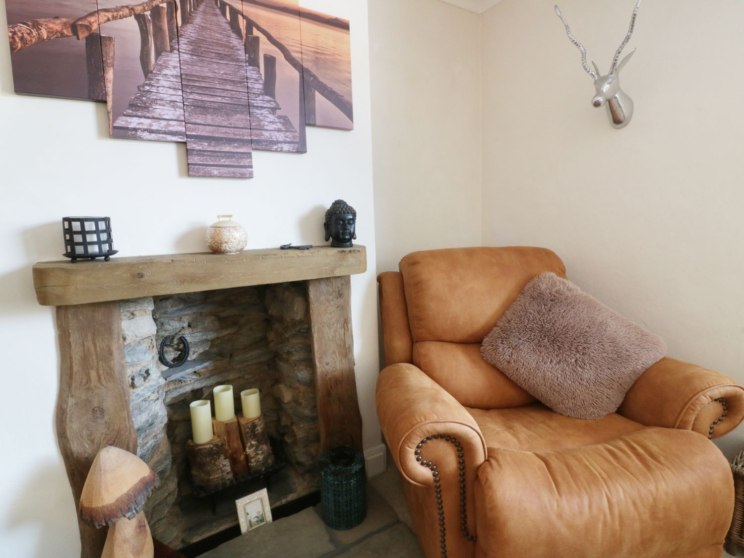 Shenstone in St Newlyn East - sleeps 6 people