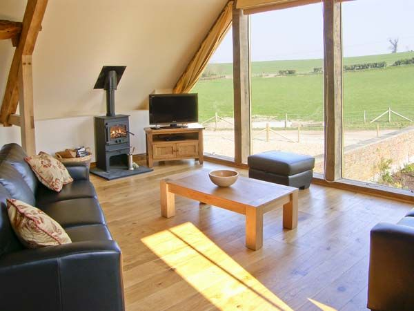 Shepherds Hut in Winterborne Whitechurch - sleeps 6 people