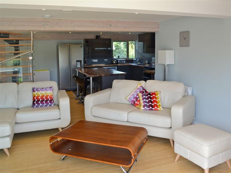 Silver Dawn in Horning, nr. Wroxham - sleeps 8 people