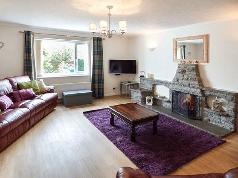 Simdda Wen Cottage in Llanddona near Beaumaris - sleeps 6 people