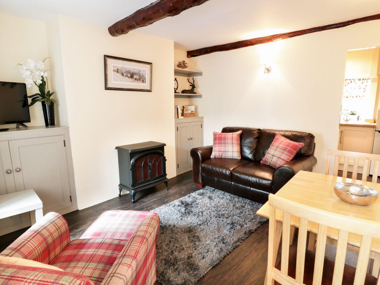 Smithy Cottage in Bradwell near Castleton - sleeps 2 people