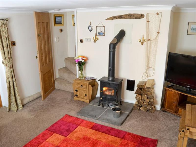 Smugglers Cove in Hemsby, near Caister-on-Sea - sleeps 5 people