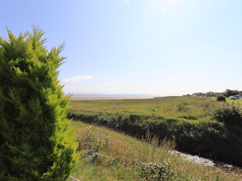 Solway Firth View in Powfoot near Annan - sleeps 6 people