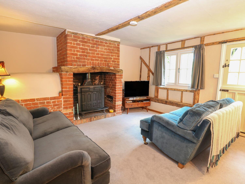 Sparrow Cottage in Hoxne - sleeps 6 people