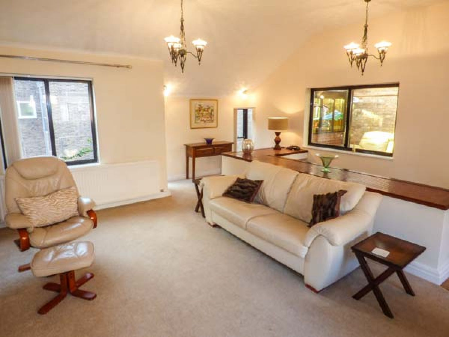 St Mary's Hill Cottage in Chester - sleeps 6 people