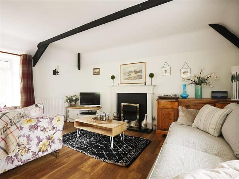 Stable Cottage in Hexham - sleeps 6 people