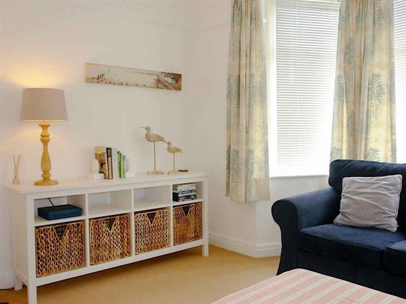 Starfish Cottage in Eastbourne - sleeps 5 people
