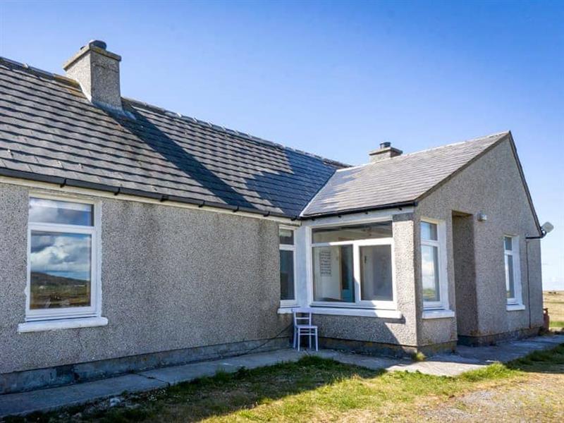 Stoneybridge in Stoneybridge, Isle of South Uist, Outer Hebrides - sleeps 4 people