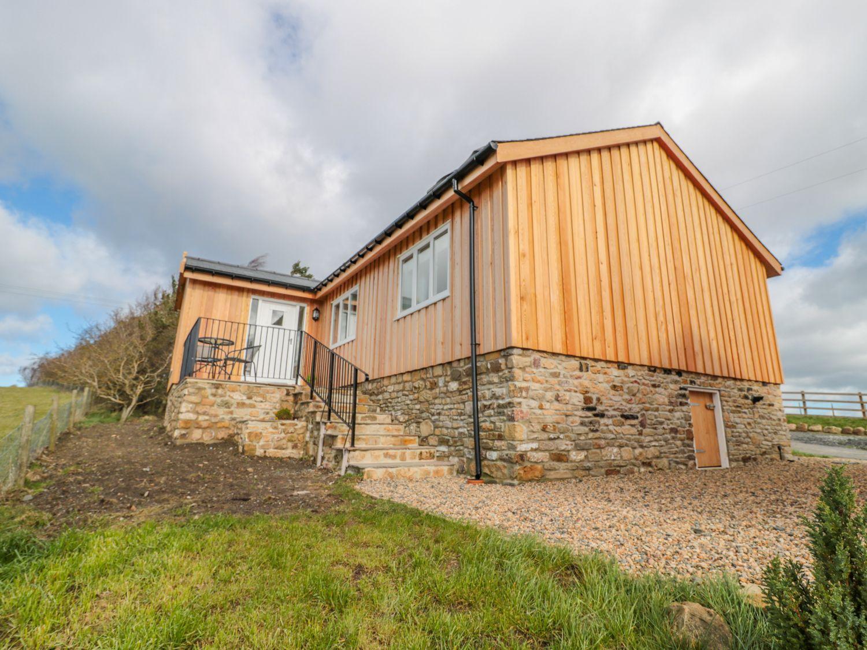 Stublic View, The Drive Lodge in Haydon Bridge - sleeps 2 people