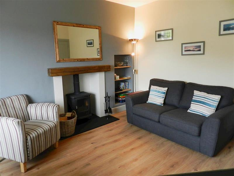 Sunnyside Cottage in Lamlash - sleeps 4 people