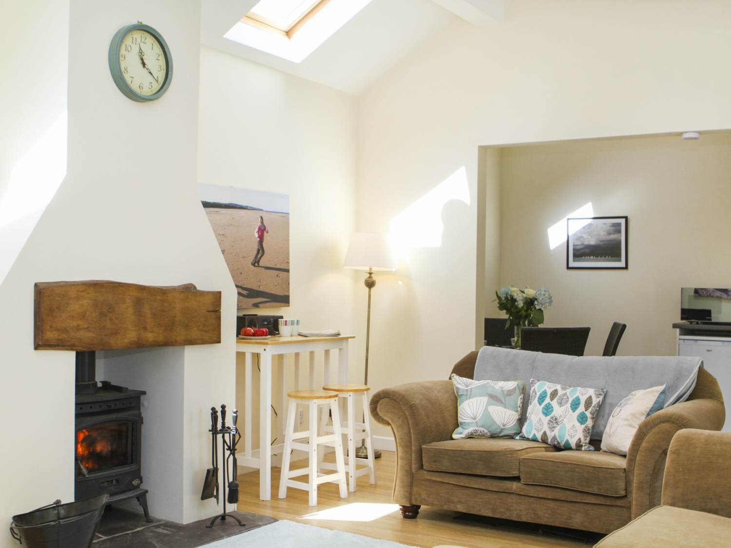 Swallow Cottage in Talwrn - sleeps 2 people