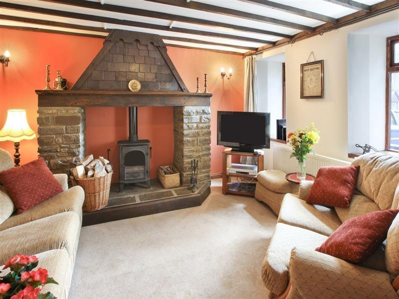 Swansea Valley Holiday Cottages - Hafod Y Wennol in Cilybebyll, nr. Pontardawe - sleeps 4 people