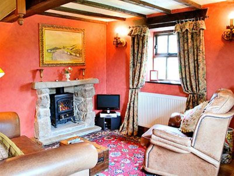 Sweet Knoll Cottage in Peak Forest, Buxton, Derbyshire. - sleeps 2 people