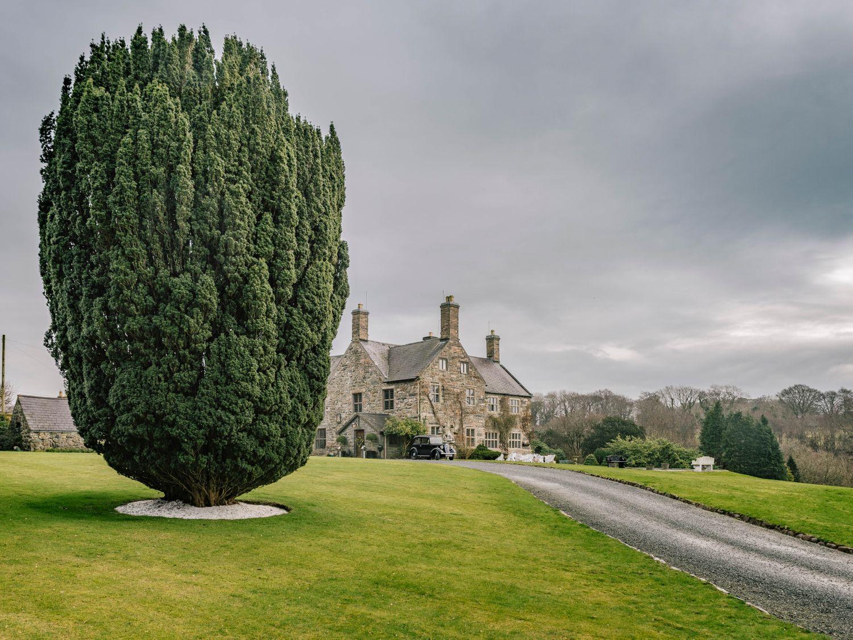 Talhenbont Hall in Talhenbont Hall near Criccieth - sleeps 10 people