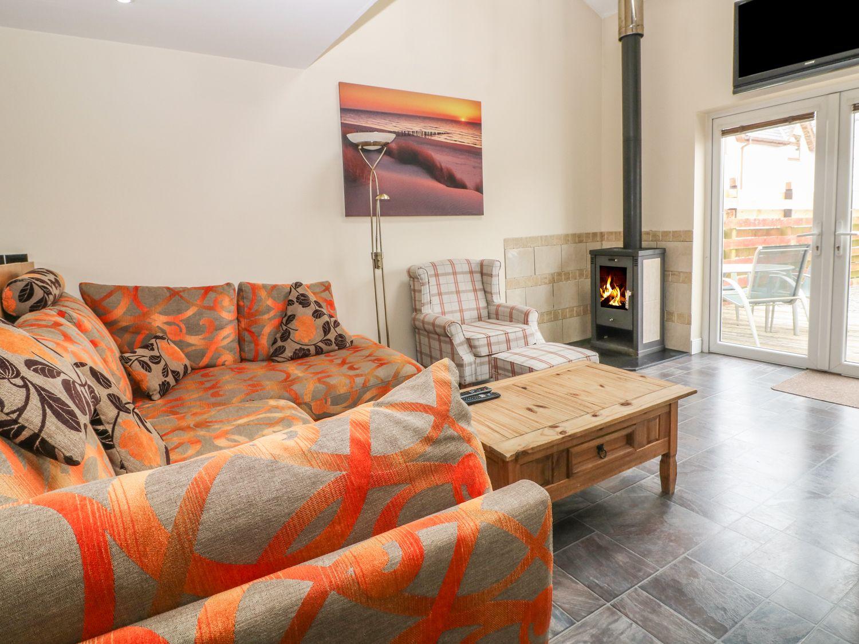 Tan Y Barn Cottage in Brynteg - sleeps 4 people
