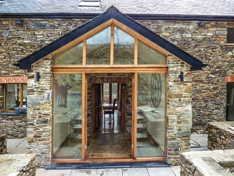 The Barn in St. Clears near Carmarthen - sleeps 8 people