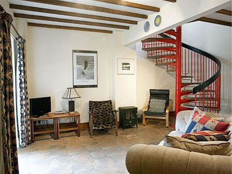 The Barn in Uppertown, Bonsall - sleeps 4 people