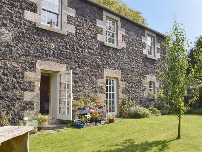 The Barracks @ East Neuk Orchards in Arncroach, near St Andrews - sleeps 8 people