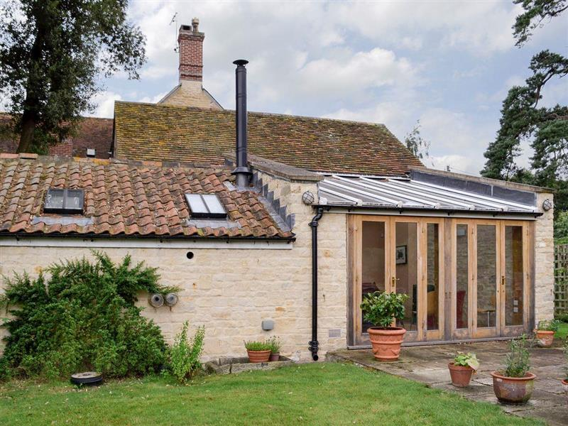 The Byre in Fifehead Magdalen, near Gillingham - sleeps 2 people