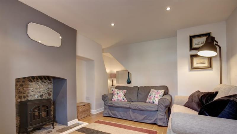 The Cabin in Wells-next-the-Sea - sleeps 6 people