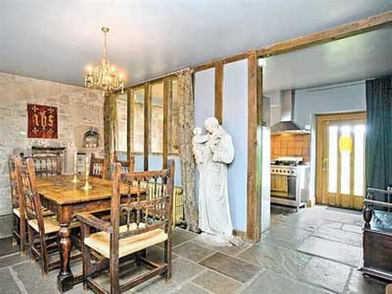 The Chapel in Alport, Nr Bakewell, Derbyshire. - sleeps 6 people