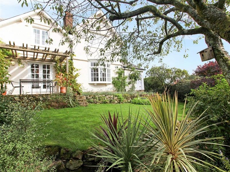 The Clock Cottage in Coldharbour - sleeps 6 people