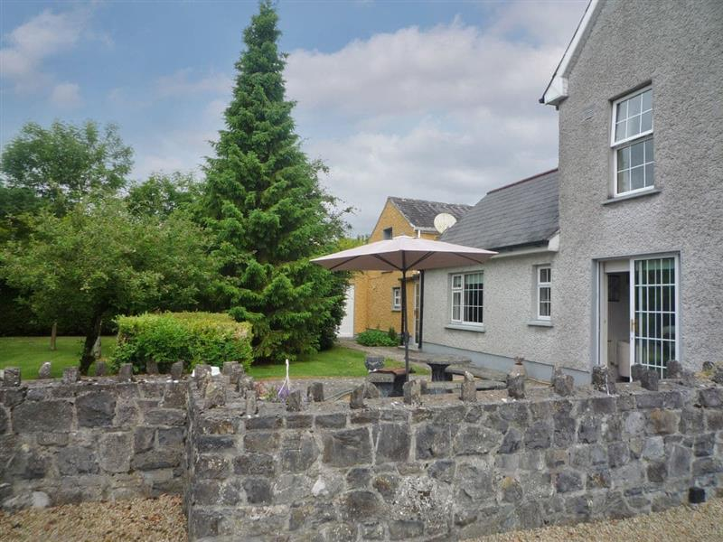 The Coach House in Shannon Harbour, near Birr - sleeps 4 people