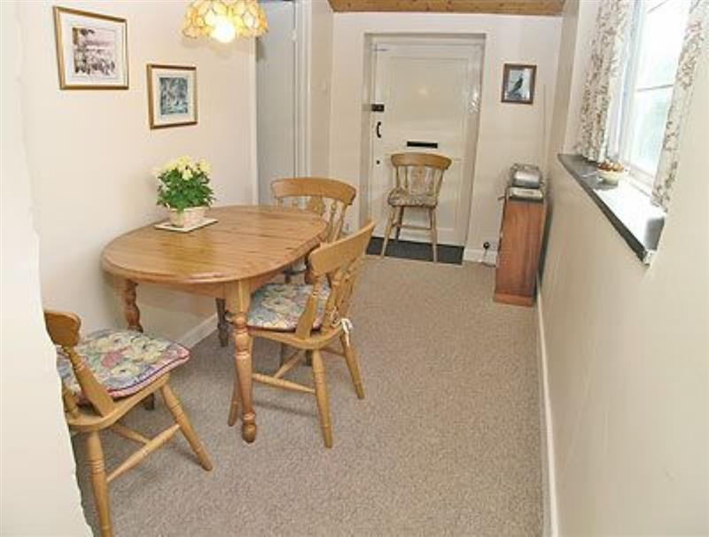 The Cottage at Pump House in Long Sutton, Langport - sleeps 4 people