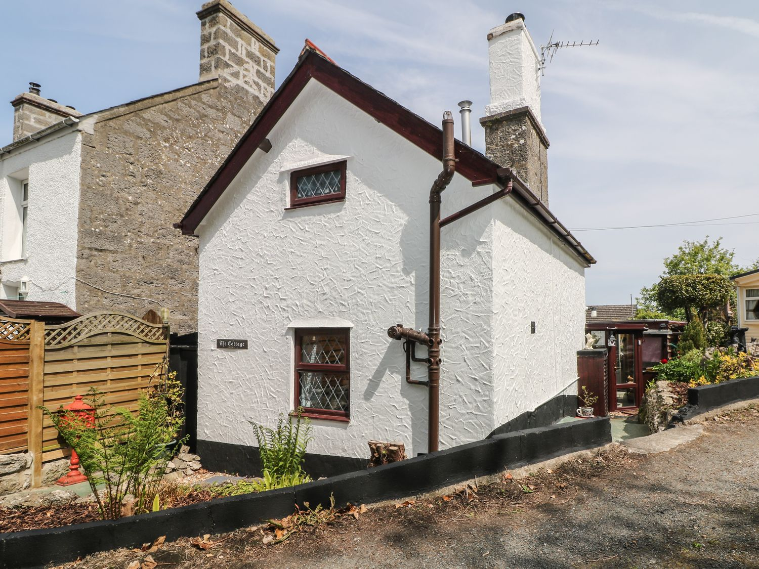 The Cottage in Marian-Glas - sleeps 2 people