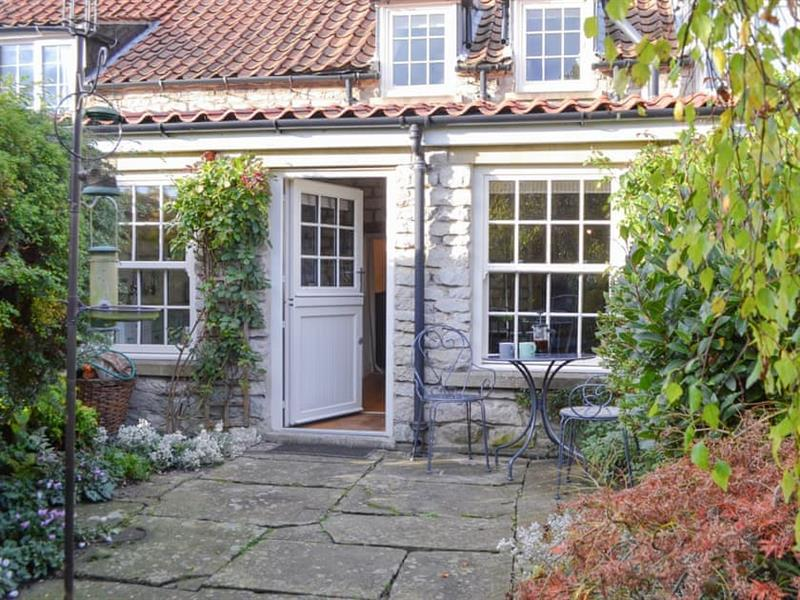 The Cottage in Marton, near Kirkbymoorside - sleeps 4 people