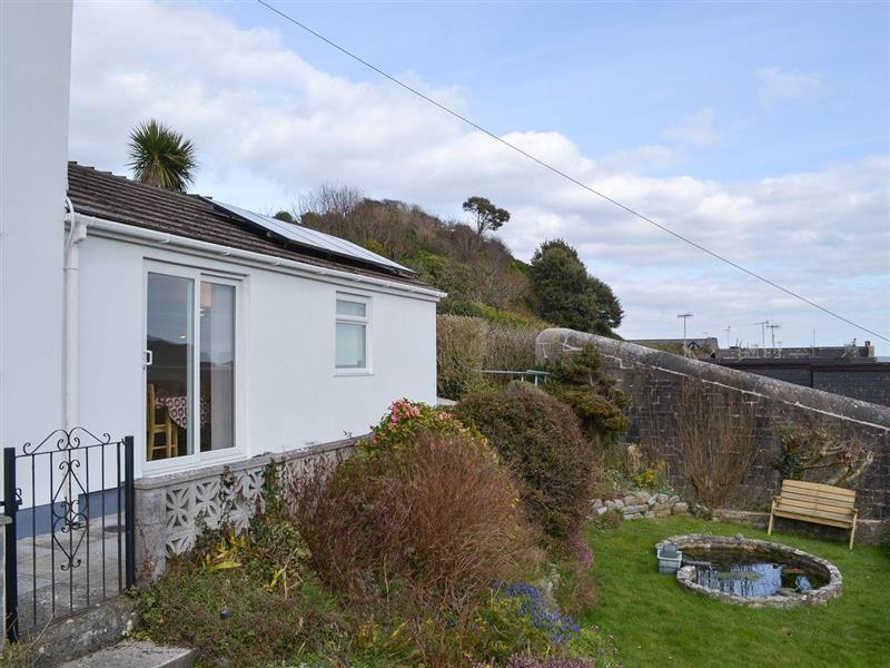 The Firlet in Cawsand, near Saltash - sleeps 2 people