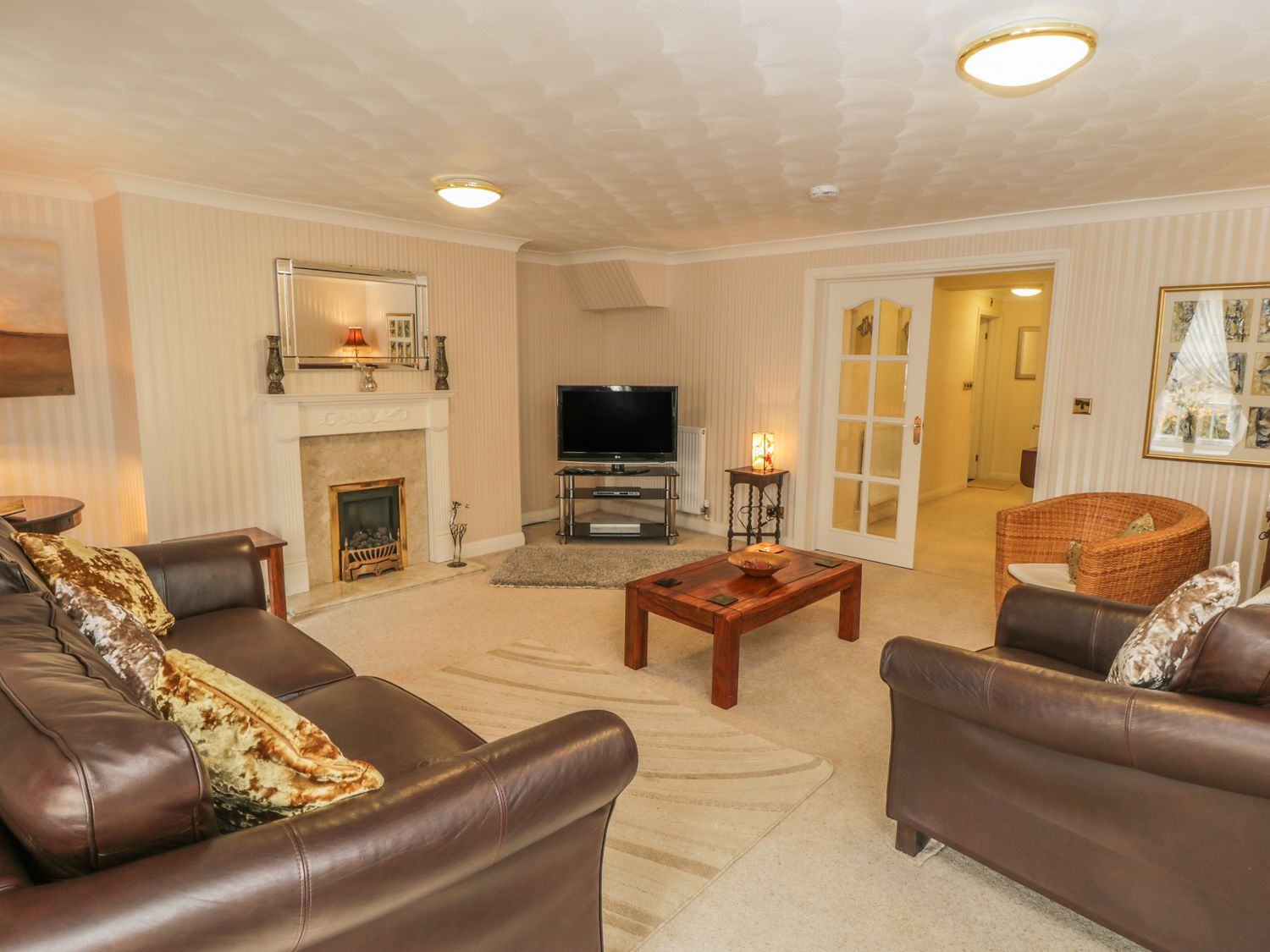 The Garden Apartment in Filey - sleeps 4 people