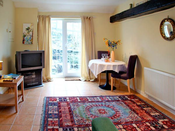 The Garden Apartment in Tintagel - sleeps 2 people