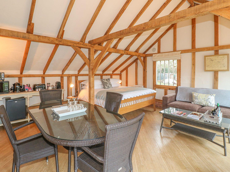 The Garden Room in Southwell - sleeps 2 people