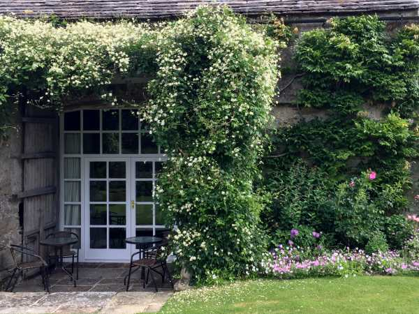The Garden Rooms in Austwick - sleeps 4 people