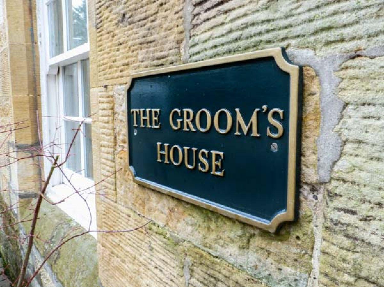 The Groom's Cottage in Kirkmichael near Ayr - sleeps 6 people