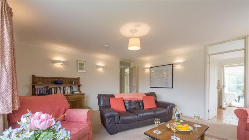 The Hares in Brancaster near Kings Lynn - sleeps 6 people