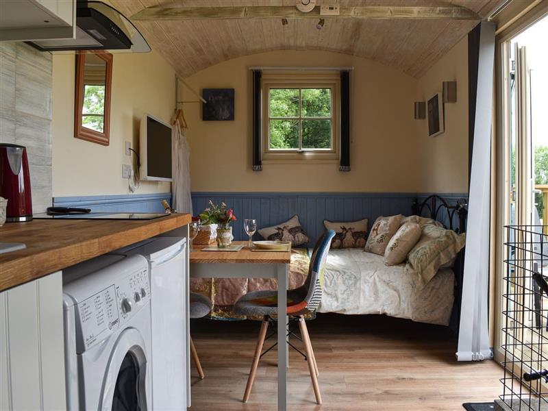 The Shepherds Hut at Calvesfield Shaw in Herstmonceux, near Hailsham - sleeps 2 people