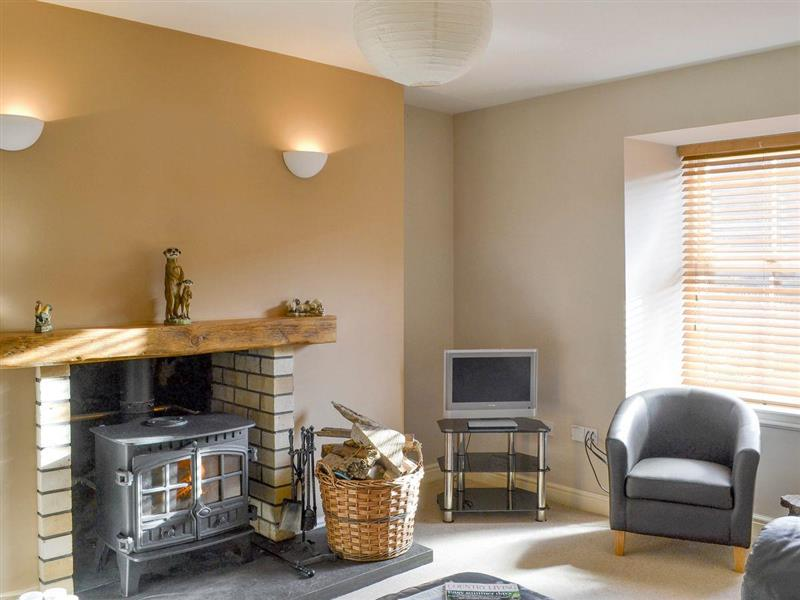 The Hollies in Strathconon, by Muir of Ord, Northern Highlands - sleeps 6 people