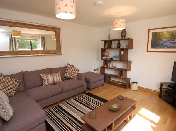 The Larches in Bampton - sleeps 6 people
