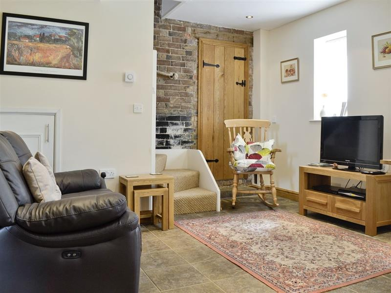 The Lodge at the Granary in Lower Stanley nr. Winchcombe - sleeps 2 people