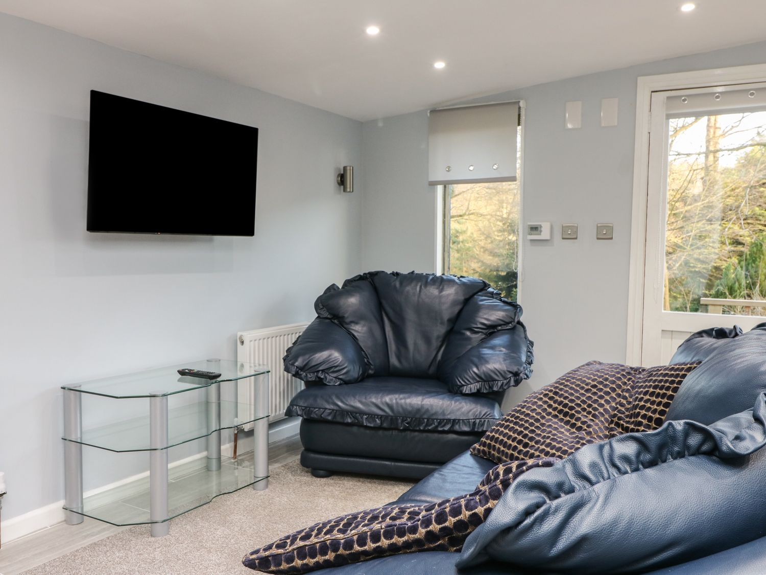 The Lodge in Culverstone Green near Chatham - sleeps 4 people
