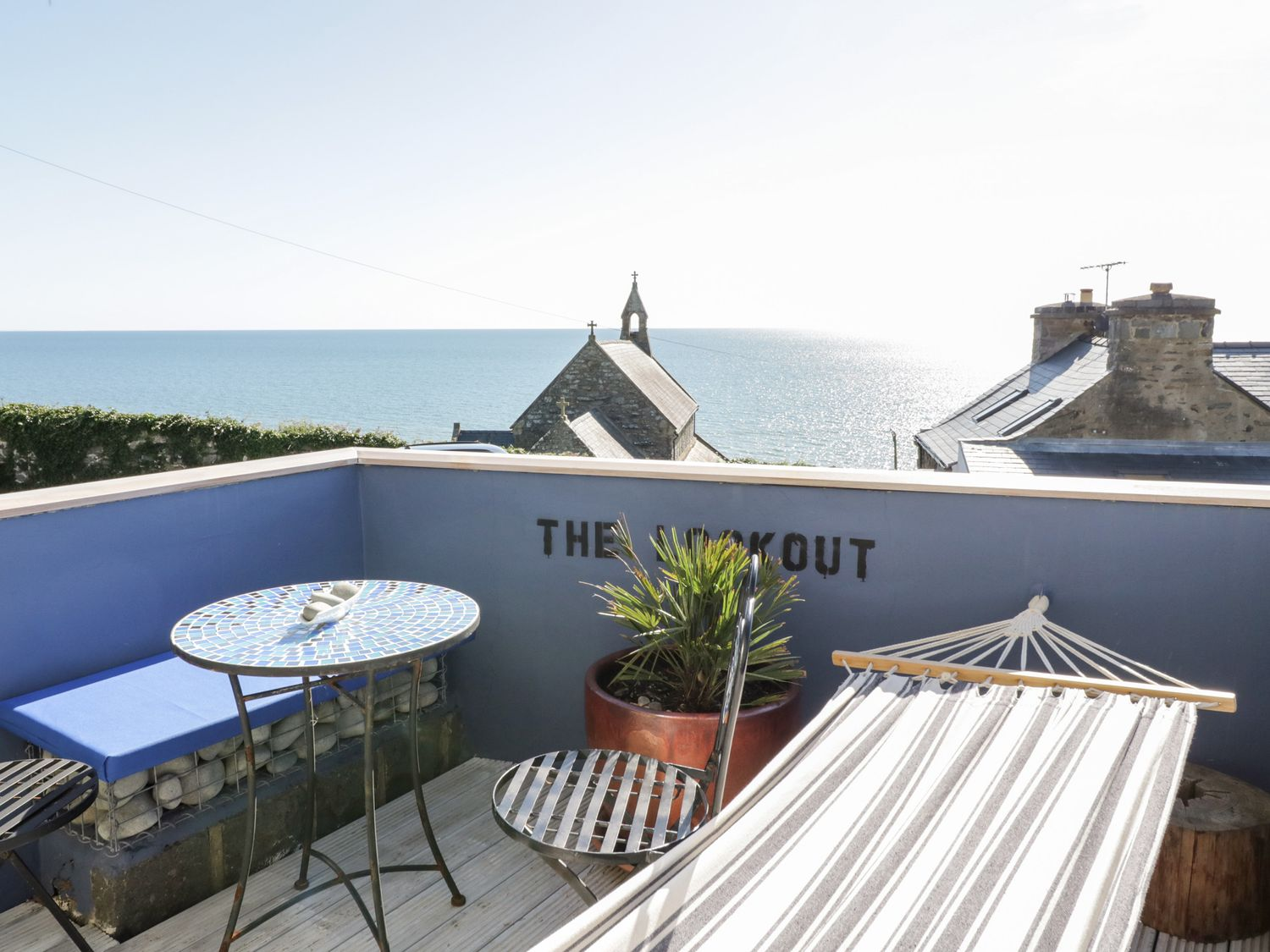The Lookout in Llanaber - sleeps 4 people